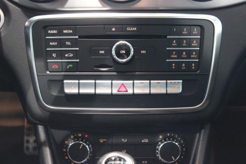 MERCEDES-BENZ CLA 180 AMG Panorama, Camera, Led High Performance, Park Pilot