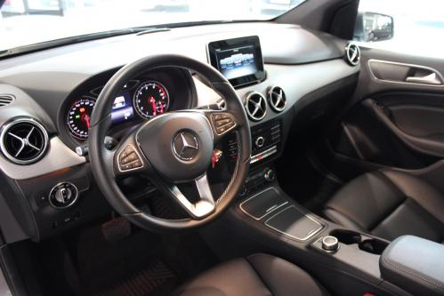 MERCEDES-BENZ B 180 Urban Led High Performance, Camera, Park Pilot