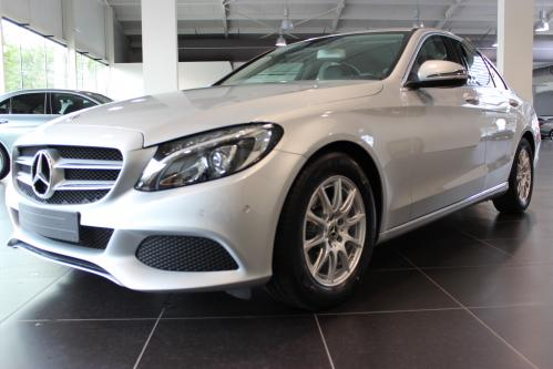 MERCEDES-BENZ C 200 d Avantgarde Comand, Led High Performance, Park Pilot