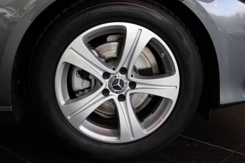 MERCEDES-BENZ E 200 d Avantgarde Widescreen,Head-Up Display, Led High Performance