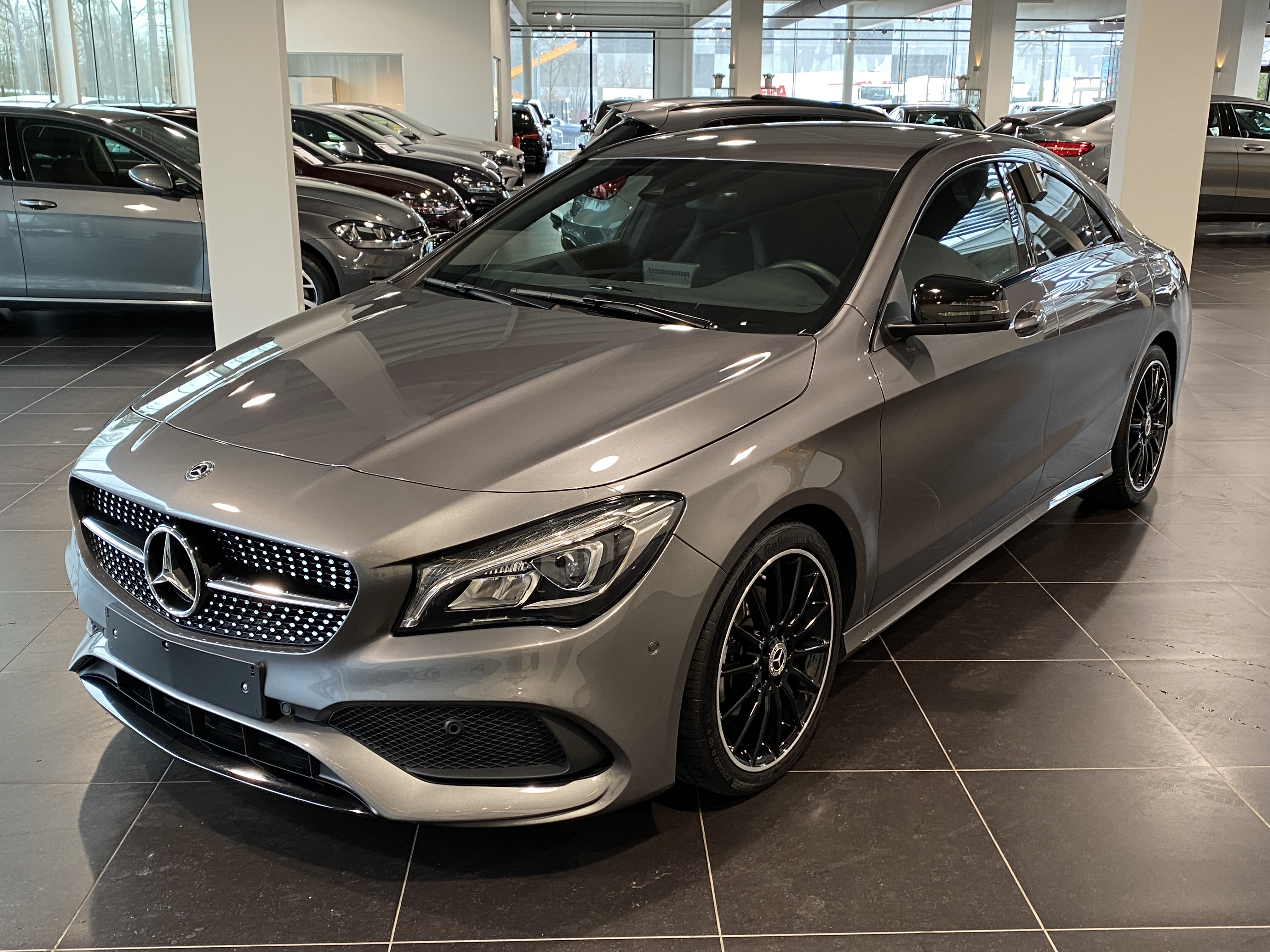 MERCEDES-BENZ CLA 180 Amg Night Pack, Led High Performance, Park Pilot