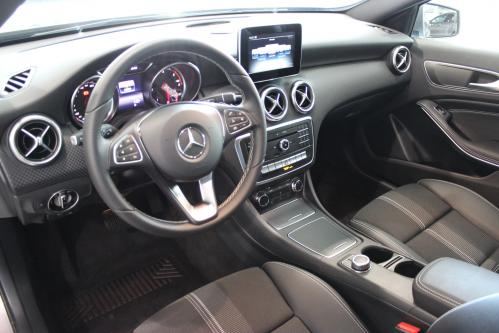 MERCEDES-BENZ A 180 Urban Park-Pilot, Led High Performance, Keyless Start