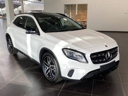 MERCEDES-BENZ GLA 180 Urban Panorama, Night Pack, 360 Camera, Memory Seats