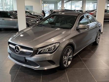MERCEDES-BENZ CLA 180 Urban Trekhaak, Achteruitrij Camera, Keyless Start