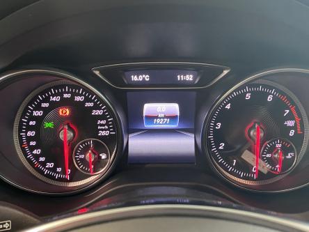 MERCEDES-BENZ CLA 180 SB Amg Panorama, Night Pack, Led High Performance