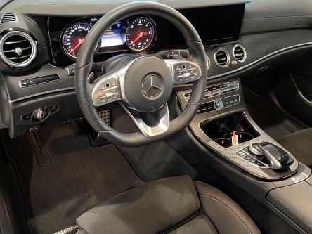 MERCEDES-BENZ E 200 d Amg Distronic, Comand, Multibeam Led, DAB