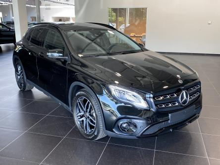 MERCEDES-BENZ GLA 200 Urban Night Pack, 360 Camera, Standverwarming, Spoorpakket, DAB