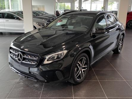 MERCEDES-BENZ GLA 180 Urban Night Pack, DAB, Led High Performance, Park Pilot