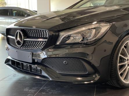 MERCEDES-BENZ CLA 180 Amg Night Pack, Panorama, Achteruitrij Camera, Led