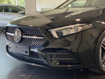 MERCEDES-BENZ A 200 Amg Night Pack, Keyless Go, Widescreen, Advanced Sound, Sfeerverlichting