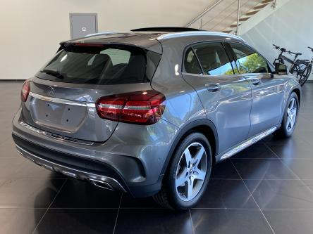MERCEDES-BENZ GLA 250 4M Amg Panorama, DAB, Led High Performance