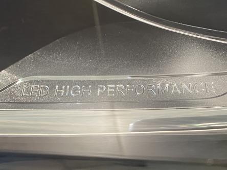 MERCEDES-BENZ A 180 Urban Led High Performance, Park Pilot, Keyless Start