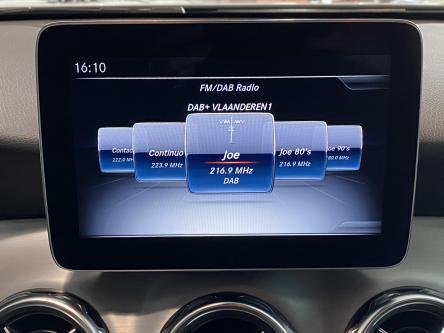 MERCEDES-BENZ GLA 180 Amg Panorama, DAB, Led High Performance