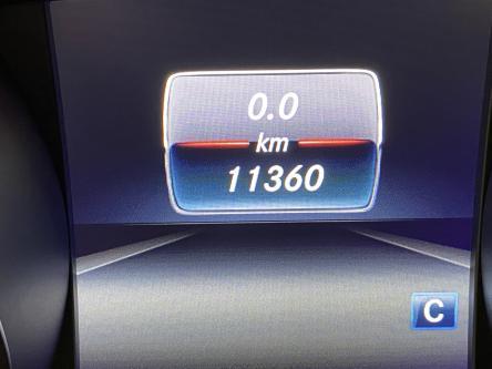 MERCEDES-BENZ GLA 180 Amg Night Pack, Panorama, DAB, 19 Inch Amg Alu, Led