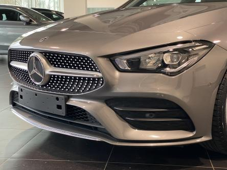 MERCEDES-BENZ CLA 180 SB Amg Led High Performance, 19 Inch, Sfeerverlichting, Park Pilot