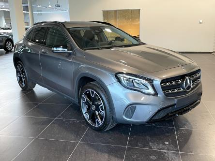 MERCEDES-BENZ GLA 180 Urban Night Pack, Smartphone Integratie, DAB, Led High Performance