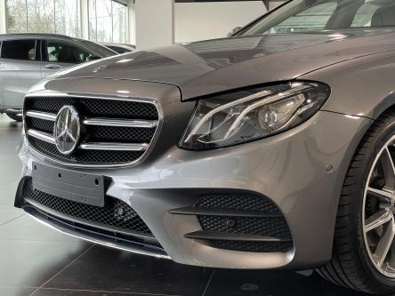 MERCEDES-BENZ E 200 d Amg Distronic, Trekhaak, DAB, Led High Performance