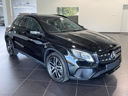 MERCEDES-BENZ GLA 180 Urban Night Pack, DAB, Led High Performance, Perk Pilot