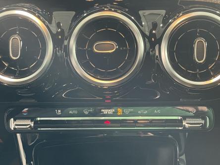MERCEDES-BENZ A 180 d Progressive Led High Performance, Widescreen, Achteruitrij Camera, Mbux