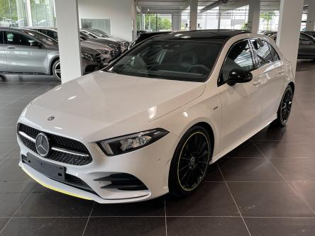 MERCEDES-BENZ A 180 d Amg Edition 1 Panorama, Night Pack, Sfeerverlichting, Mbux