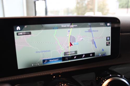 MERCEDES-BENZ A 180 Progressive 2019 model, Widescreen Cockpit, Park Pilot