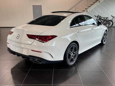 MERCEDES-BENZ CLA 180 Amg Night Pack, Panorama, Mbux, Sfeerverlichting