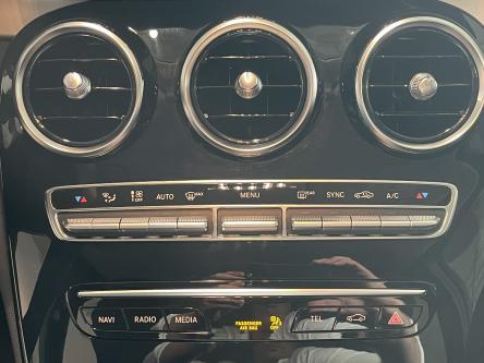 MERCEDES-BENZ C 220 d Avantgarde Achteruitrij Camera, Led hIgh Performance, Sfeerverlichting