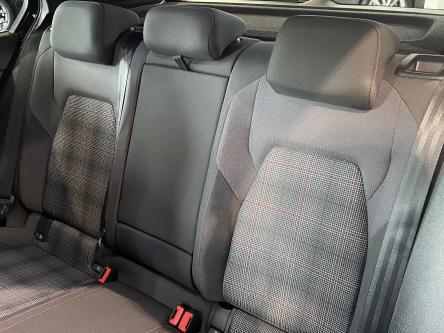 VOLKSWAGEN Golf 8 GTI DSG / Cockpit Pro / GPS / CAM / ACC / LED / 18